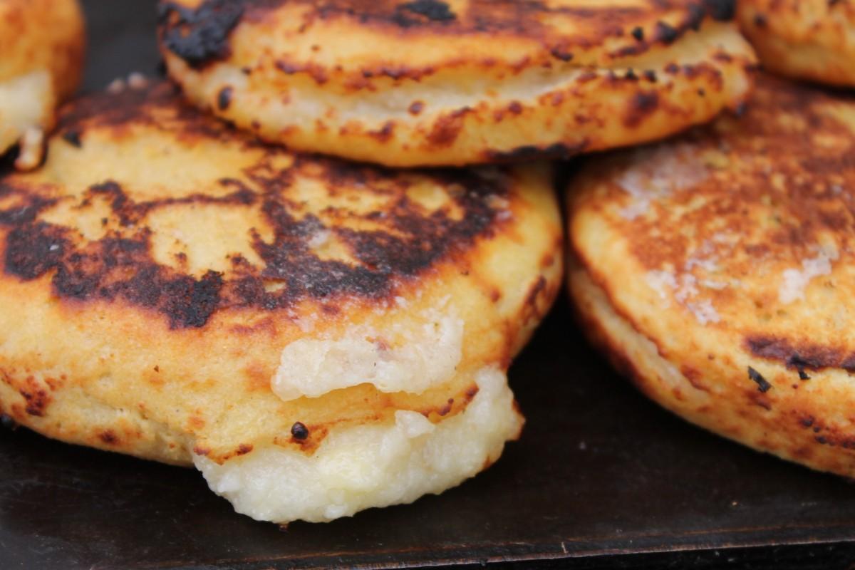 La recette colombienne des arepas au fromage