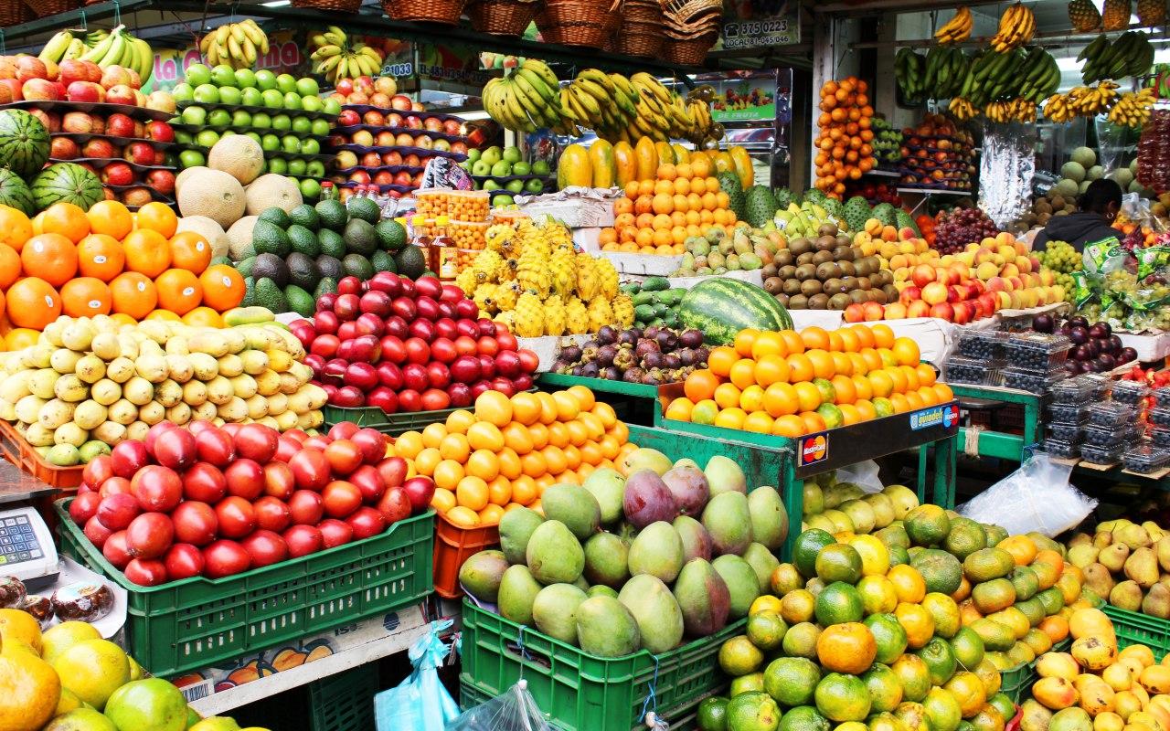 Les étals de fruits exotiques en Colombie