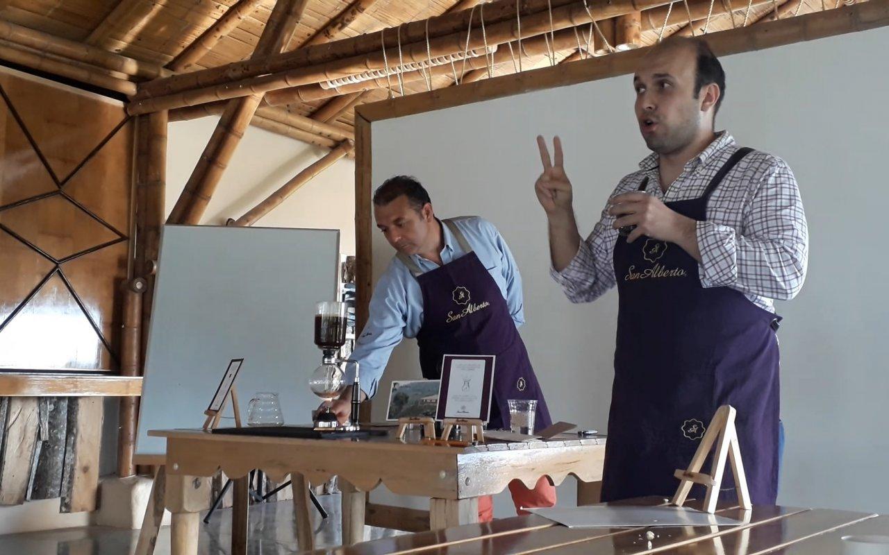 Dégustation de café avec Juan et Alejandro