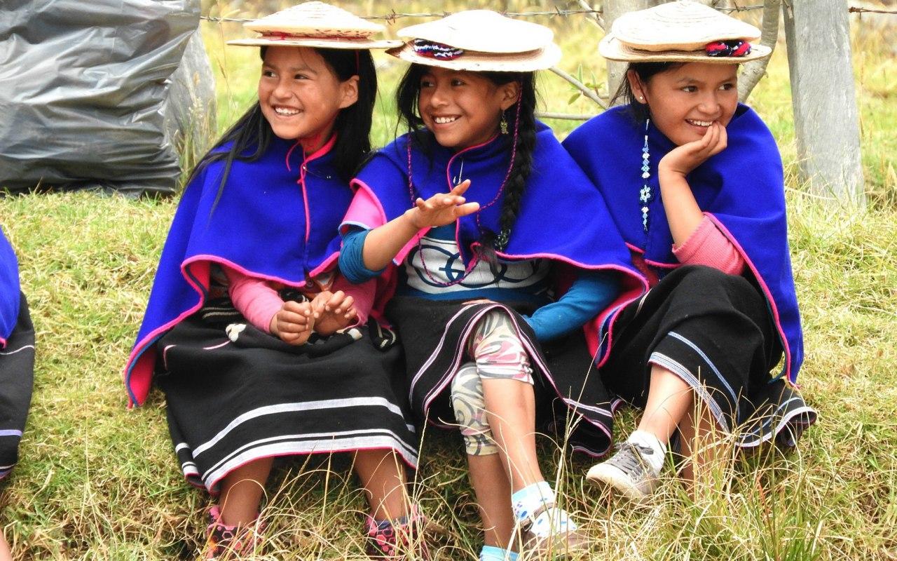Des enfants Guambianos en Colombie