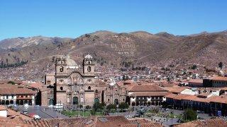 La plaza de armas de Cusco au Pérou