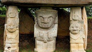 Statues pré-colombiennes à San Augustin en Colombie