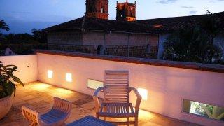 Terrasse d'un hôtel à Barichara en Colombie