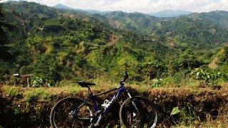 Vélo de montagne dans la région du café en Colombie