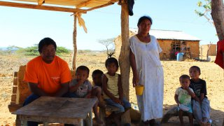Rencontre avec une famille Wayuu dans la Guajira