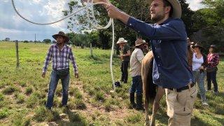 Lancer de lasso avec Paul de Terra Colombia