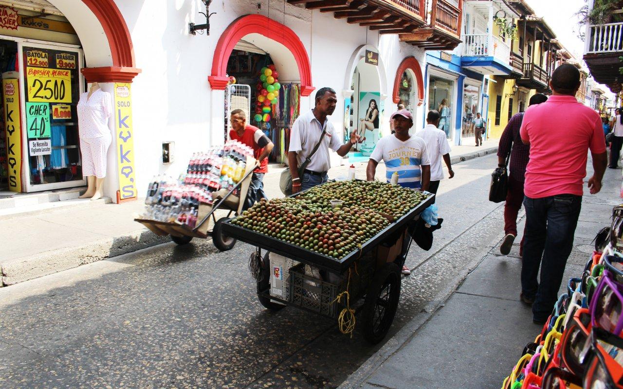 Le street food à Carthagène en Colombie