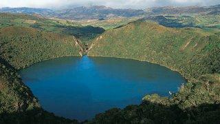 La lagune sacrée de Guatavita en Colombie