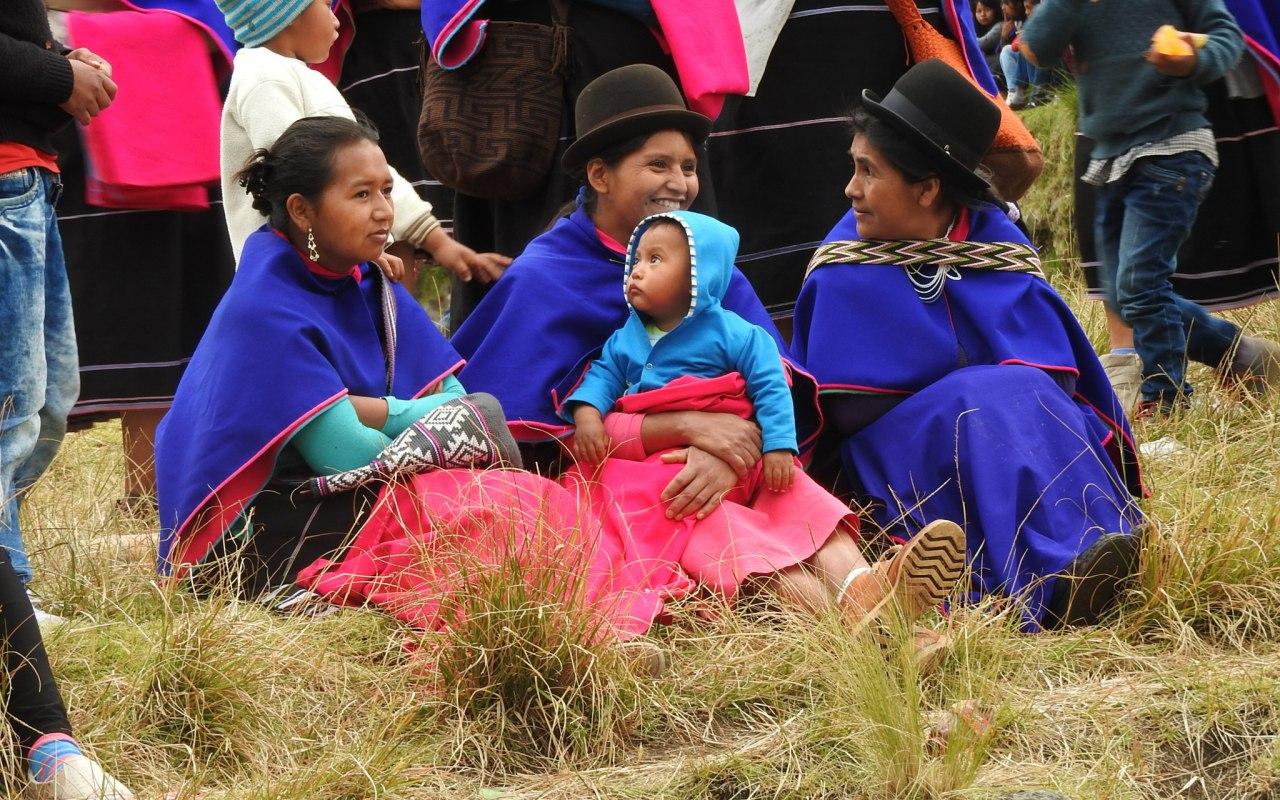 Des femmes Guambianos à Silvia en Colombie