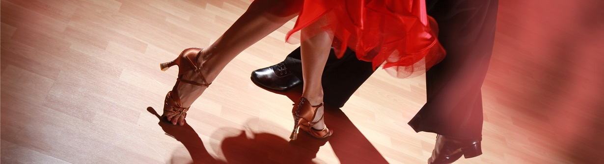 Danser la salsa pendant son voyage en Colombie